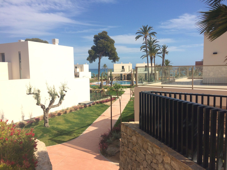 Residencial La Vila Paradis